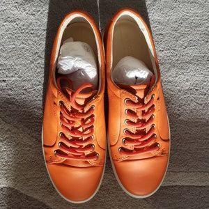 New ECCO  Soft 7 Sneaker Size 8 '8.5 . Color fire